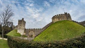 De mening van het vissenoog van middeleeuws Arundel-kasteel, Engeland royalty-vrije stock foto's