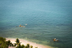 De mening van het vogeloog van de oceaan bij pattayastrand Thailand Royalty-vrije Stock Fotografie