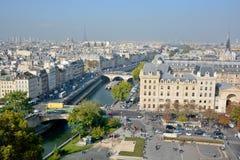 De mening van het vogeloog van Notre Dame Royalty-vrije Stock Afbeeldingen