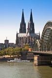 De Mening van Keulen, Dom van de rivier Stock Foto