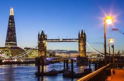 De Mening van Londen bij Schemer Royalty-vrije Stock Foto's