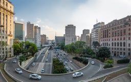de mening van 23 DE Maio Avenue van mening van Viaduto doet Cha Tea Viaduct - Sao Paulo, Brazilië Stock Foto