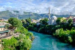 De mening van de Mostarbrug, Bosnië-Herzegovina stock afbeeldingen