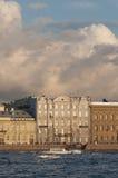 De mening van Neva van de rivier Royalty-vrije Stock Foto's