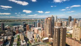 De Mening van New York Midtowm Manhattan over kadedak Dag Timelapse stock footage