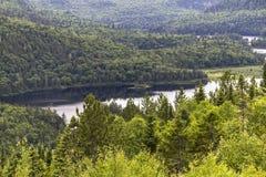 De mening van Parcmaurice van een meer, Kanada Royalty-vrije Stock Afbeeldingen