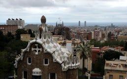 De mening van parkguell over Barcelona Stock Afbeeldingen