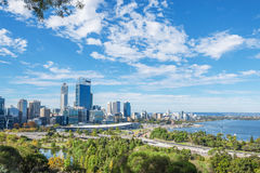 De mening van Perth bij de middag royalty-vrije stock afbeelding