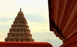 De mening van Sarjahmahdi van klokketoren bij het paleis van thanjavurmaratha Stock Fotografie