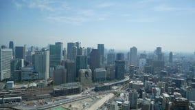 De mening van de de stadshemel van Osaka van de bouw van de umedahemel stock videobeelden