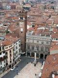 De mening van Verona over de Stad met hoofdvierkant royalty-vrije stock fotografie