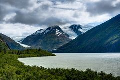 De mening van de Whittiergletsjer in Alaska de Verenigde Staten van Amerika Stock Foto's