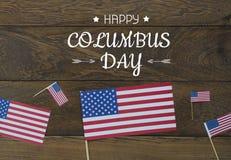 De menings luchtbeeld van de lijstbovenkant van decoratie het teken van de Gelukkige Columbus dag van de V.S. op 8,2018 Oct stock afbeeldingen