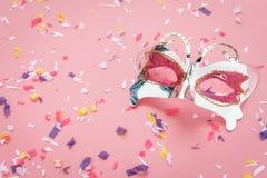 De menings luchtbeeld van de lijstbovenkant van mooi kleurrijk Carnaval-masker Royalty-vrije Stock Afbeeldingen