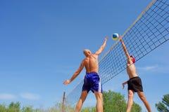 De mens en de tiener van Alding concurreren Royalty-vrije Stock Afbeelding