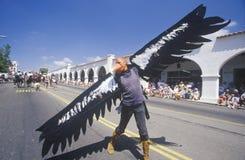 De mens kleedde zich als Eagle in 4 de Parade van Juli, Ojai, Californië Royalty-vrije Stock Foto