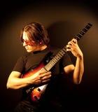 De Mens van de gitaar Stock Afbeeldingen