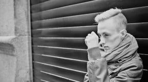 De mens van de manier Foto's in zwart-wit Royalty-vrije Stock Fotografie