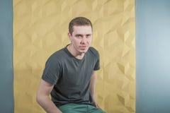 De mens van de studiofotografie hipster Stock Fotografie