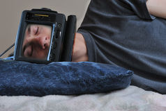 De Mens van TV van de slaap Stock Afbeelding