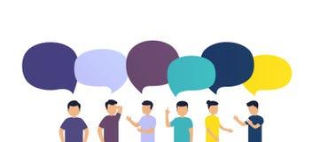 De mensen bespreken het nieuws met elkaar Uitwisseling van berichten of ideeën, toespraakbellen op witte achtergrond Stock Afbeeldingen