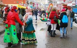 De mensen dansen op de straat Royalty-vrije Stock Foto's