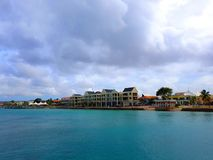 De mensen genieten van de monarch die van het cruiseschip naar Aruba, bonaire, curacao, Panama en Cartagena reizen royalty-vrije stock foto's