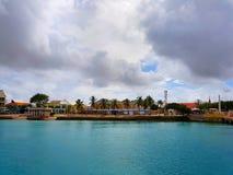 De mensen genieten van de monarch die van het cruiseschip naar Aruba, bonaire, curacao, Panama en Cartagena reizen stock afbeelding