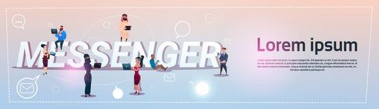 De mensen groeperen Communicatie van Boodschappersapp social network Concept Royalty-vrije Stock Afbeelding