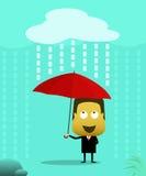 De mensen kleedden zich in kostuums gebruikend een paraplu wanneer het regent Stock Fotografie
