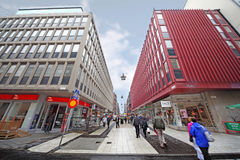 De mensen lopen op Drottninggatan Royalty-vrije Stock Afbeelding