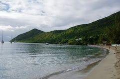 De mensen nemen een oceaanbad op 31 December, 2016 Grande Anse D ` Arlet, Marti Royalty-vrije Stock Afbeelding