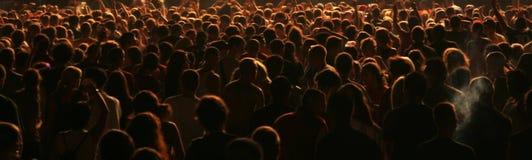 De mensen overbevolken Stock Afbeeldingen
