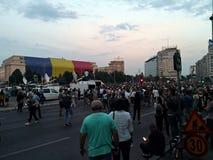 De mensen protesteren tegen corruptie en misbruik royalty-vrije stock afbeeldingen