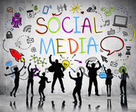 De mensen silhouetteren op Sociale Media Achtergrond royalty-vrije stock afbeelding