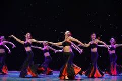 De Mensen van dochter bloem-Dai de dans-nationale volksdans Royalty-vrije Stock Fotografie