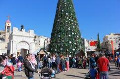 De mensen vieren Kerstmis in Nazareth Royalty-vrije Stock Afbeelding