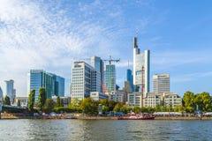 De mensen vieren 25ste verjaardag van Duitse Eenheid in Frankfurt Royalty-vrije Stock Afbeeldingen