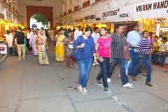 De mensen winkelen binnen Meena Royalty-vrije Stock Afbeelding