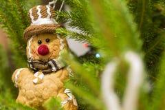 De mensenstuk speelgoed van het gemberbrood Kerstmisdecoratie Royalty-vrije Stock Foto's