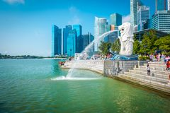 De Merlion-fontein in Singapore stock afbeelding