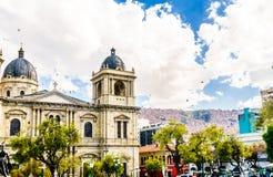 De metropolitaanse Kathedraal wordt gevestigd op het Vierkant van Pleinmurillo in La royalty-vrije stock afbeeldingen
