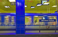 De metropost van München, Duitsland - van Muenchner Freiheit; Royalty-vrije Stock Foto