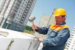 De metselaararbeider van de bouw stock afbeeldingen