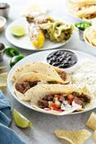 De Mexicaanse verscheidenheid van het straatvoedsel royalty-vrije stock afbeeldingen
