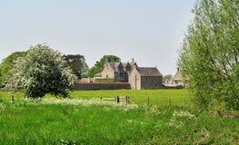 De middeleeuwse Boerderij van de Manor in Landelijk Engeland stock foto's