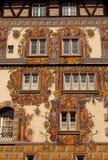 De middeleeuwse bouw met geschilderde voorzijde in Konstanz Royalty-vrije Stock Foto