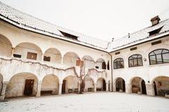De middeleeuwse bouw. Skofja Loka, Slovenië. stock foto