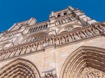 De middeleeuwse gotische kathedraal van Notredame de paris in Parijs van de binnenstad stock fotografie