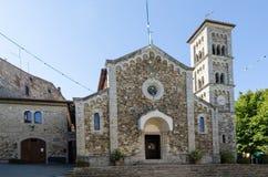 De middeleeuwse kerk in Castellina in Chianti, Toscanië, Italië stock foto's
